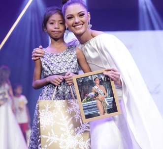 Our student Lovely with Miss Universe 2017 Demi Leigh Nel-Peters